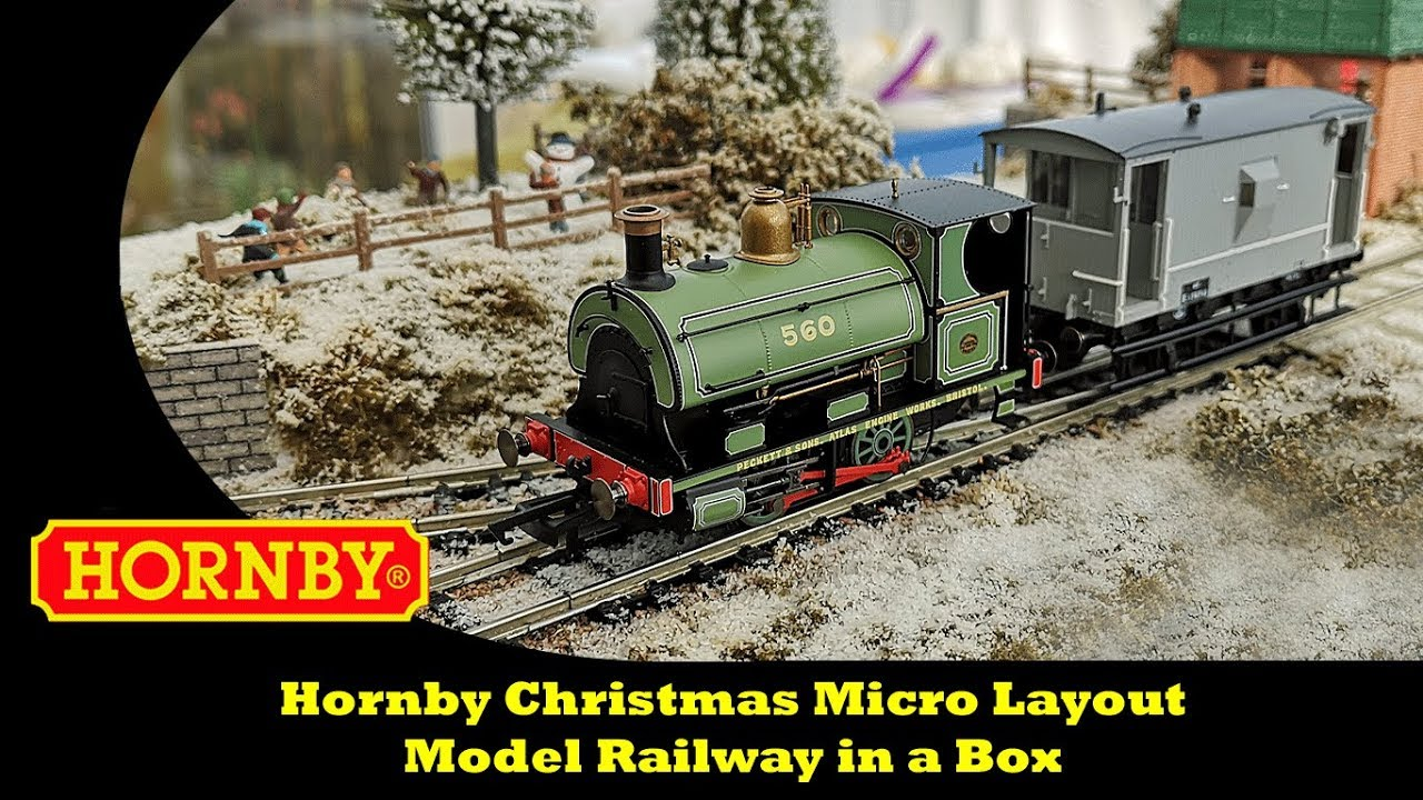 Christmas Model Railway.Hornby Christmas Micro Layout Model Railway In A Box