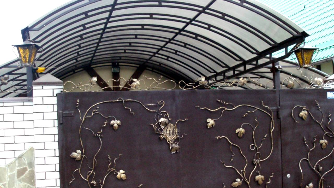 навесы из поликарбоната фото к частному дому