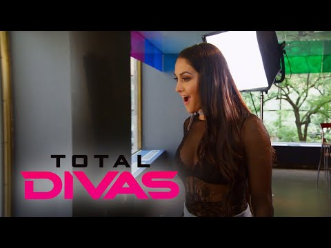 "Total Divas | Nikki Bella's ""DWTS"" Opportunity Isn't All Good! | E!"