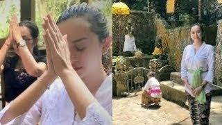 Jarang Terekspos DIAM DIAM Aura Kasih Pindah AGAMA, Beginilah Jalan Ritualnya.