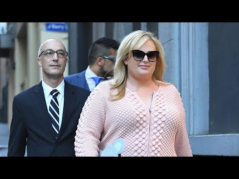 """Rebel Wilson Claims """"Malicious"""" Magazine Articles RUINED Her Career"""