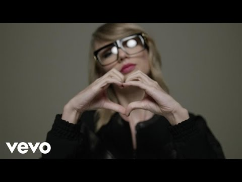 Shake It Off Outtakes Video #5 - The Twerkers and Finger Tutting (Behind-The-Scenes Video)