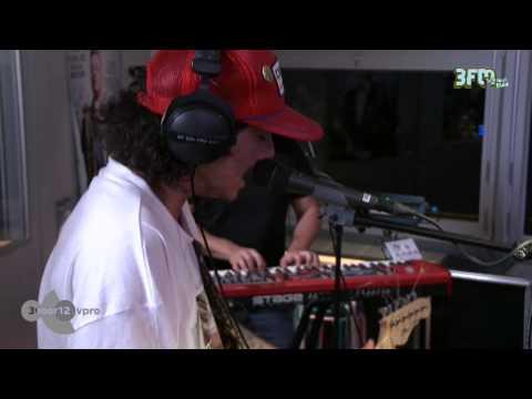 Sticky Fingers - 'Australia Street' live @ 3voor12 Radio