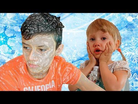 Alena freezes Pasha funny story for kids