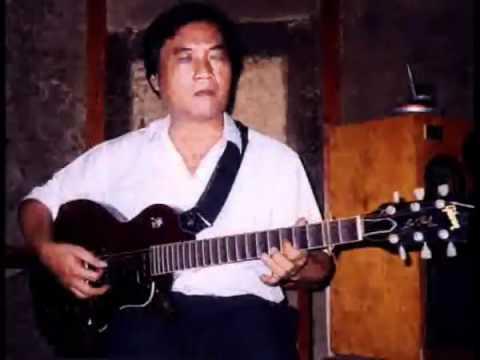 Hoài Tình - Văn Giỏi và Thanh Hải song tấu guitare phím lõm- tranh năm 2003