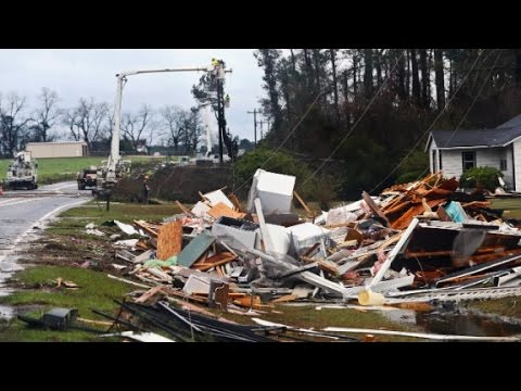 Devastating weather hits U.S., killing at least 22