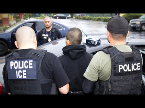 Immigration battle sets off feud between ICE and Oakland's mayor