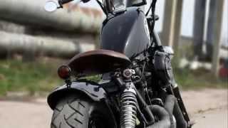 Repeat youtube video Yamaha XV 750 Virago Bobber