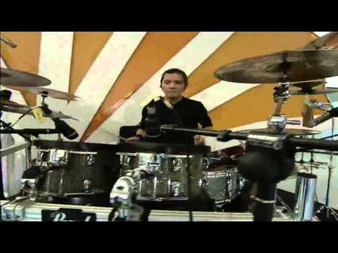 Armada feat Erie Suzan - Mabuk Cinta / MNCTV Festival (11/10)
