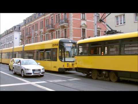 Straßenbahn Dresden: Technischer Defekt am Trachenberger Platz -- Tatra schiebt NGT zum Betriebshof