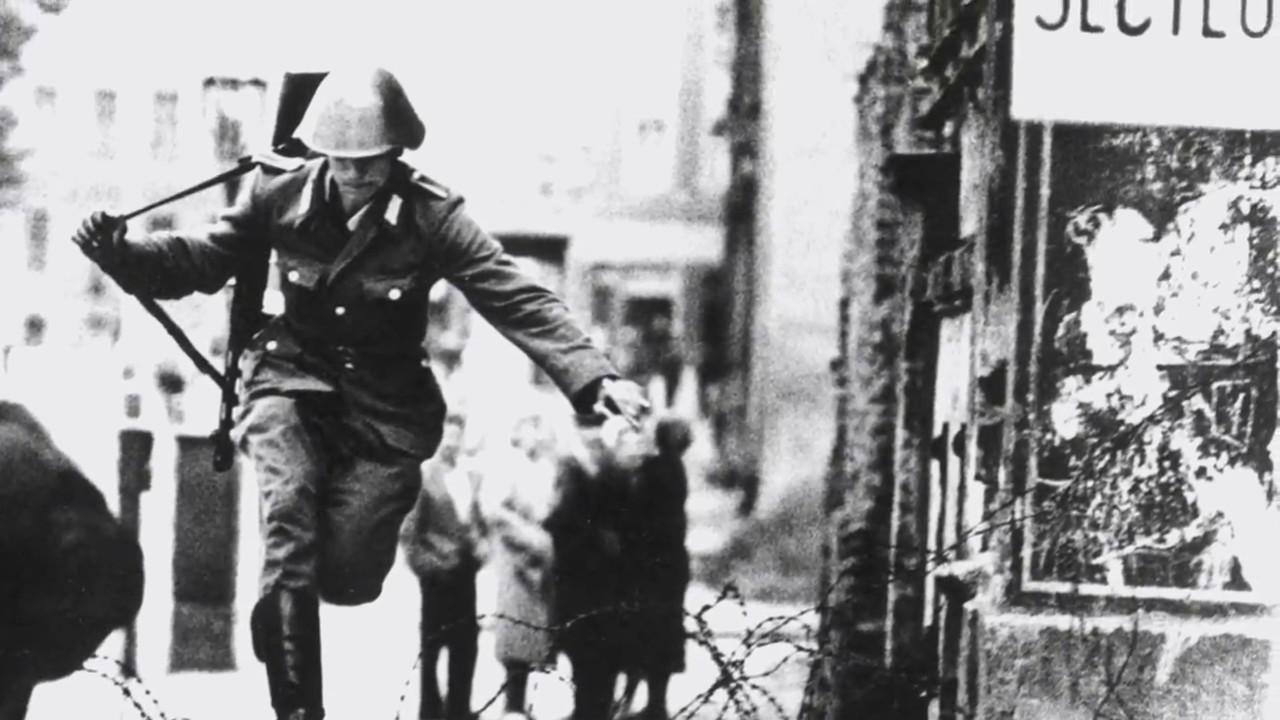 Berlin Wall Photo Essay - YouTube