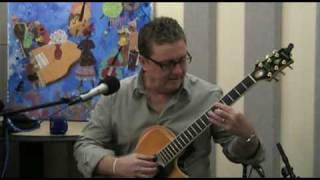 "Martin Taylor Performs ""Stompin"