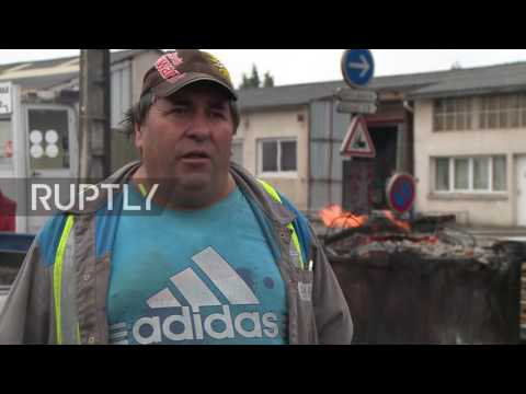 France: Workers 'booby trap' car plant in protest over jobs
