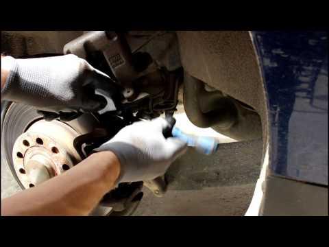 Volkswagen Passat B6 Фольксваген Пассат Б6  2 0  2007 года  Замена задних тормозных колодок