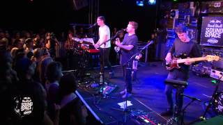 Alt J Left Hand Free Live At The KROQ Red Bull Sound Space
