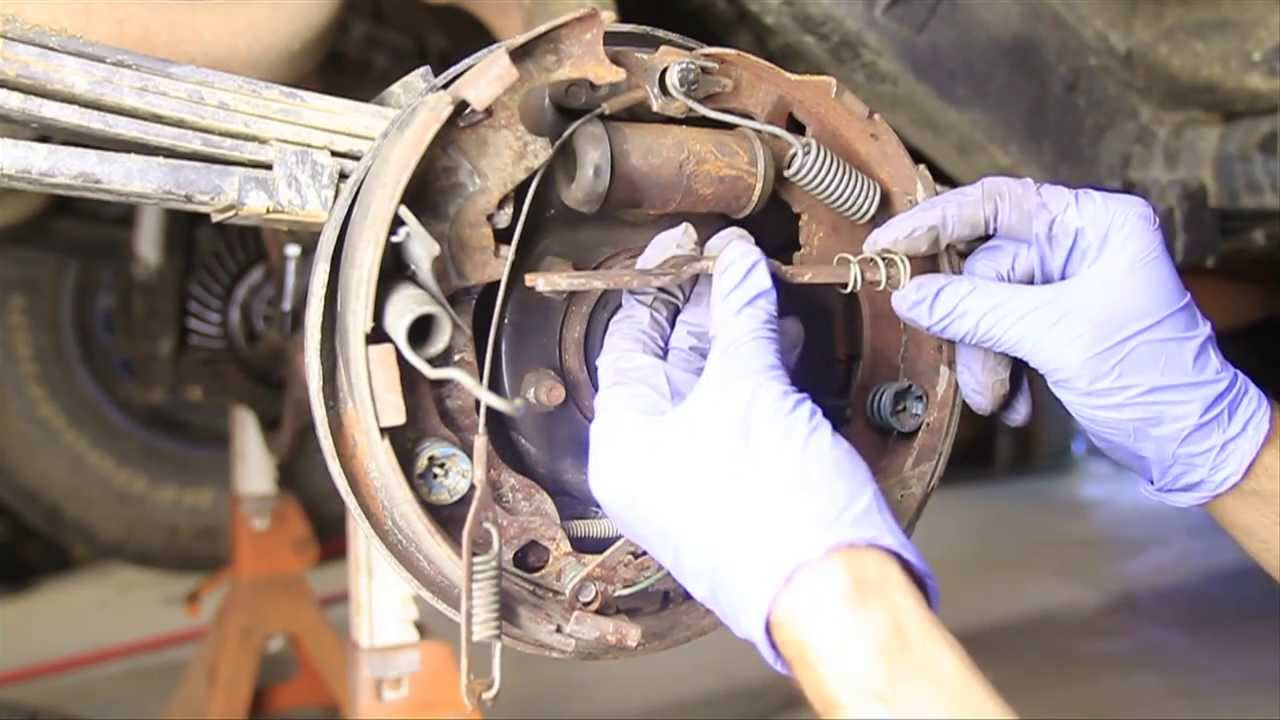 how to change drum brakes [ 1280 x 720 Pixel ]