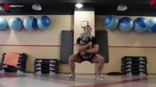 Тренировка на все тело с сендбэгом