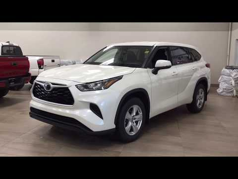 2020 Toyota Highlander LE AWD Review from YouTube · Duration:  4 minutes 51 seconds