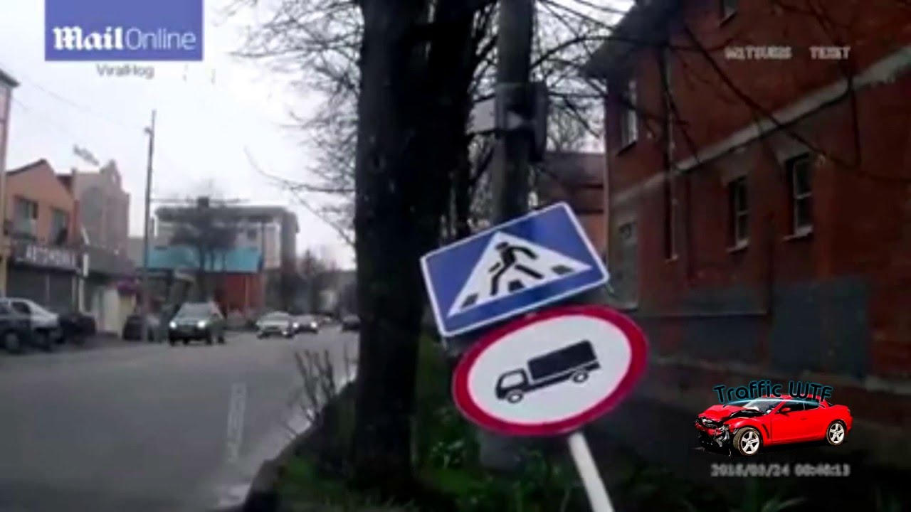 Man hit by sign after accident || TrafficWTF