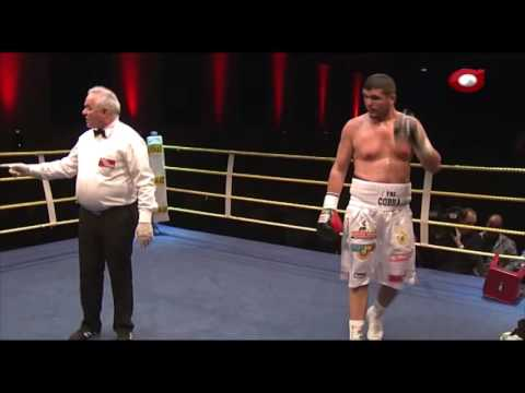 Meqi i fitores  se boxierit shqiptar  Arnold (KOBRA) Gjergjaj  kunder boshnjakut  Jasmin Hasiq