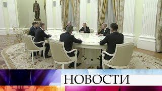 Президент встретился с вновь избранными главами регионов.