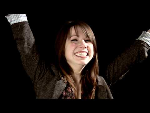 Carly Rae Jepsen - Behind-The-Scenes: