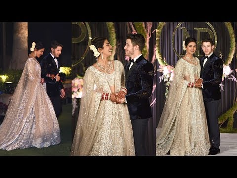 Happiest Couple Priyanka Chopra & Nick Jonas Fairy Tale ENTRY At Royal WEDDING Reception In Delhi