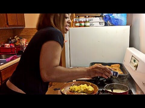 COOKING WITH THE CREW PART 4!