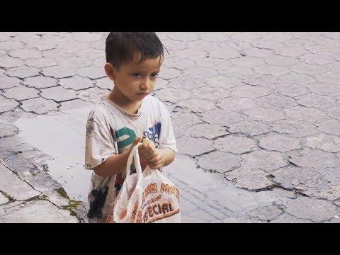 Niño Recogía Basura En La Calle Nadie Pensó Que Pasaría Esto