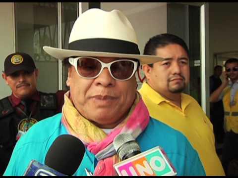 ¡Juan Gabriel no está muerto! Explica por qué fingió su muerte (VIDEO)