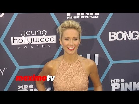 Anna Camp | 2014 Young Hollywood Awards | Arrivals - maximotv  - 70njM_n3ZCc -