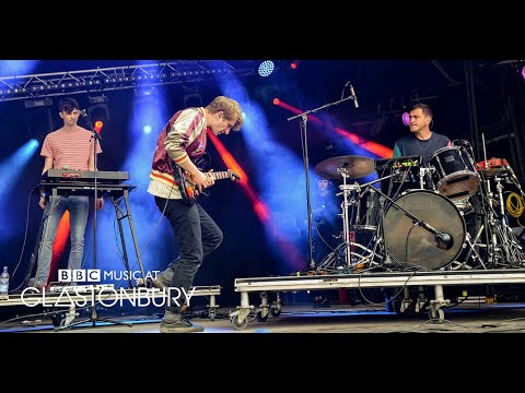 .::Glass Animals live @t Glastonbury 2015, 26 jun