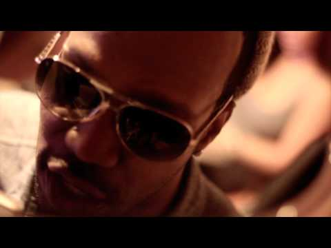Juicy J - This B*tch By My Side
