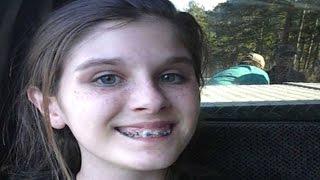 कार में बैठ सेल्फी ले रही थी लड़की, जब Photos पर पड़ी नजर तो उड़ गए होश