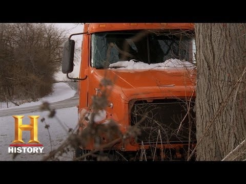 Download Big Rig Bounty Hunters: The Wolf Bothers Find the Wrecked Rig (S2, E7) | History