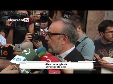 Bilbao rinde una emotiva despedida a Álex Angulo
