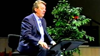 John C. Maxwell - Law of Leadership!