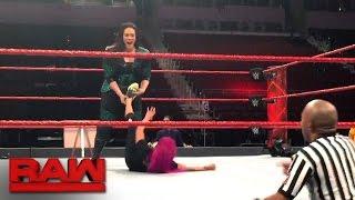 Nia Jax attacks Sasha Banks before Raw: Raw Exclusive, Jan. 16, 2017