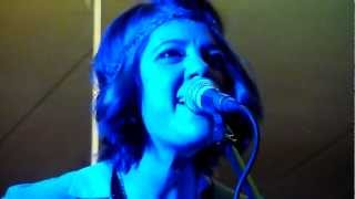 Try - Amber Lawrence - Songwriters in the Round - Club Menai 14-11-2012