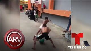Niño jugó baloncesto descalzo y conquistó a LeBron | Al Rojo Vivo | Telemundo
