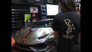 Phản Ứng Của Ca Sĩ Tuấn Hưng và Hot Girl Khi Thấy Siêu Xe Lamborghini Huracan tại VIMS 2017
