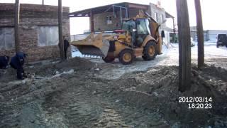 Услуги бульдозера  на базе трактора Caterpillar в Абакане(Услуги бульдозера на базе трактора Caterpillar в Абакане., 2012-04-09T03:36:20.000Z)