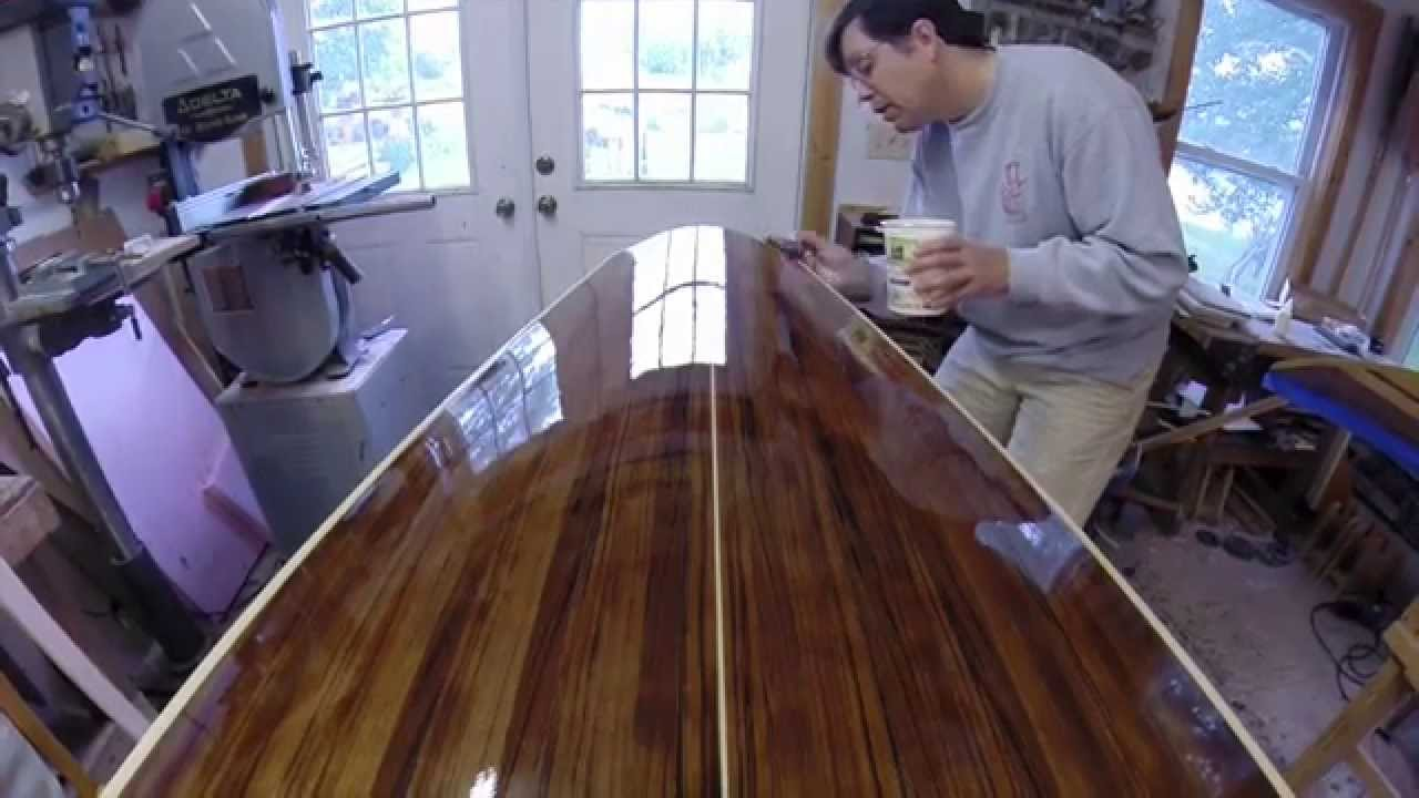 Applying Varnish For A Smooth Reflective Finish On A