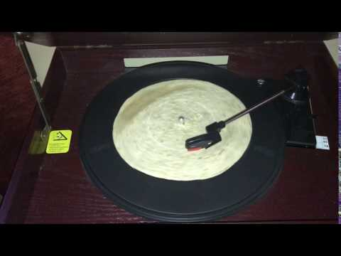 Burrito on a turntable actually plays music!!