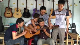 Mặt trời  bé con - hòa tấu 5 người 1 guitar
