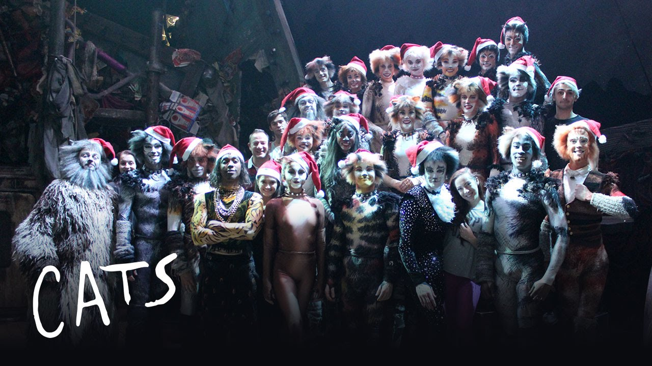 Merry Christmas from the cast of CatsLondon