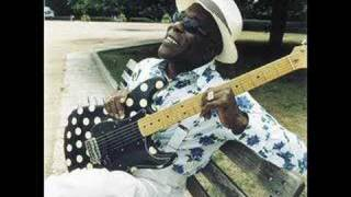 Watch Buddy Guy Every Girl I See video