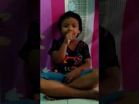 Princess Hannah singing Duck,duck, duck....