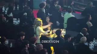 190123 Gaon Chart Music Awards - Lisa & Blackpink reaction to Jennie solo performance