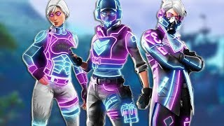 GIFT THESE NEW SKINS HACKED IN FORTNITE TO This YOUTUBER IF YOU WIN ME on a PVP!.. 🔥😱